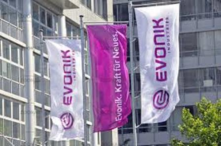 Evonik exceeds half-year expectations